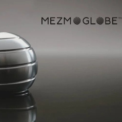 Mezmoglobe Kinetic desktop toy