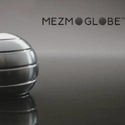 Mezmoglobe Kinetic desktop toy
